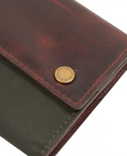 MAC0399OL71 Barbour Aydon Manicure Kit Olive/Brown